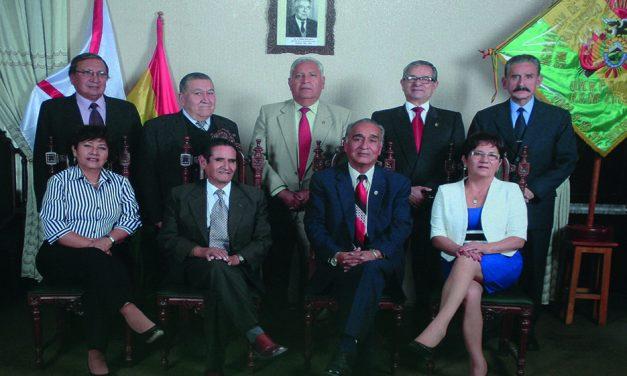 En el Día del Jubilado Universitario, la Asociación de Rentistas  RECONOCIÓ A LOS JUBILADOS CON  80 AÑOS DE EDAD