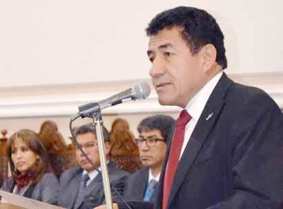 MÁXIMAS AUTORIDADES EN LOS 393 AÑOS DE FUNDACIÓN DE LA UNIVERSIDAD MAYOR, REAL Y PONTIFICIA DE SAN FRANCISCO XAVIER DE CHUQUISACA